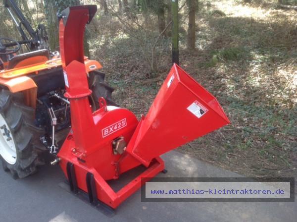 Holzhäcksler FHM BX42S