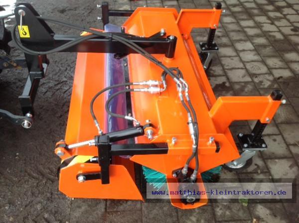Hydraulische Kehrmaschine